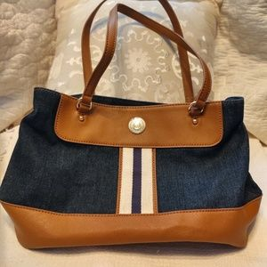 Tommy Hilfiger tote style shoulder chambray purse